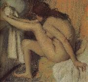 Edgar Degas Naked  woman wiping toes oil painting reproduction